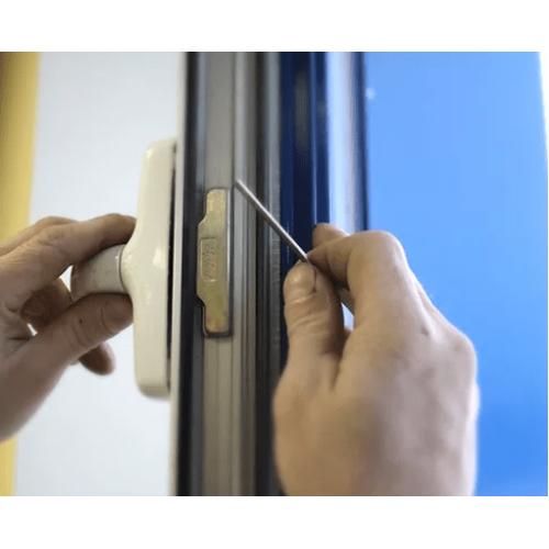 Регулировка алюминиевого  окна  и настройка фурнитуры